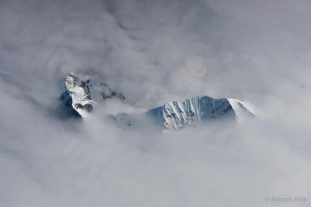 Spitzbergen through the clouds