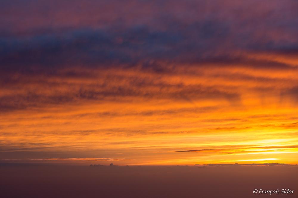 Couché de soleil dans les nuages 3