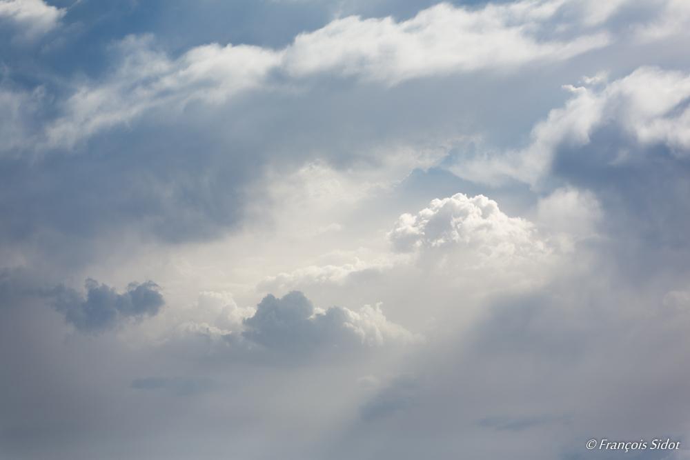 Trouée dans les nuages 1