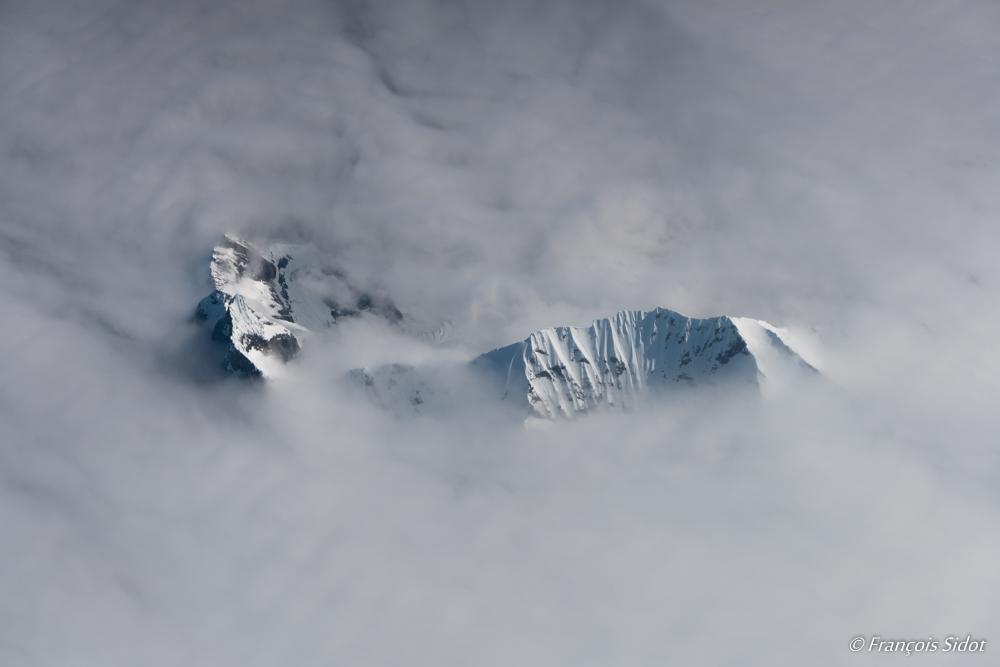 Spitzberg à travers les nuages