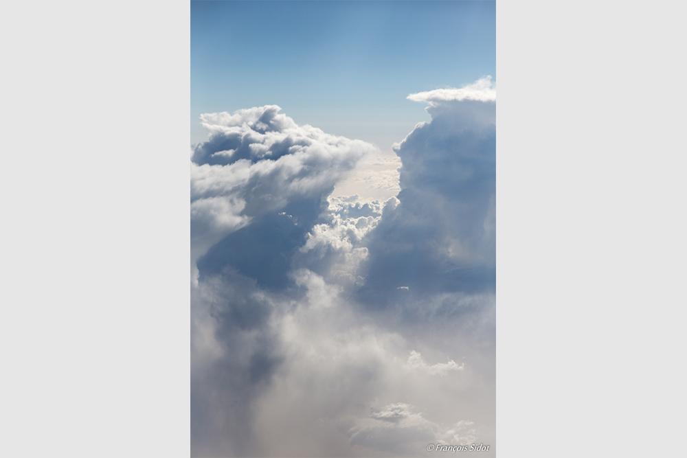 Montagne de nuages