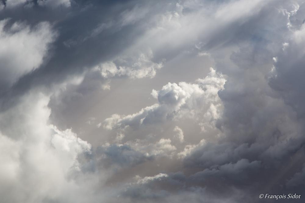 Trouée dans les nuages 2